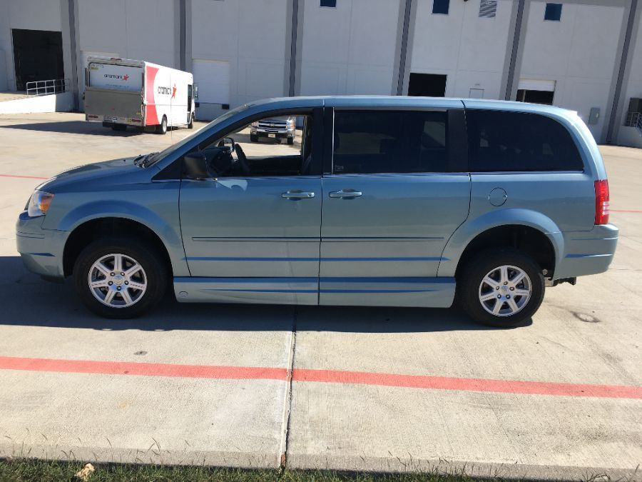 Blue Chrysler Town and Country image number 3
