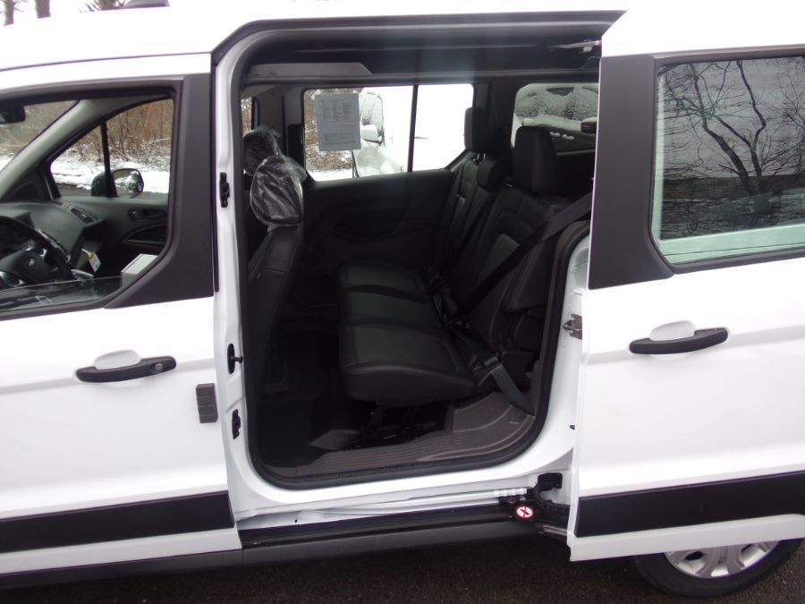 White Ford Transit Connect image number 13