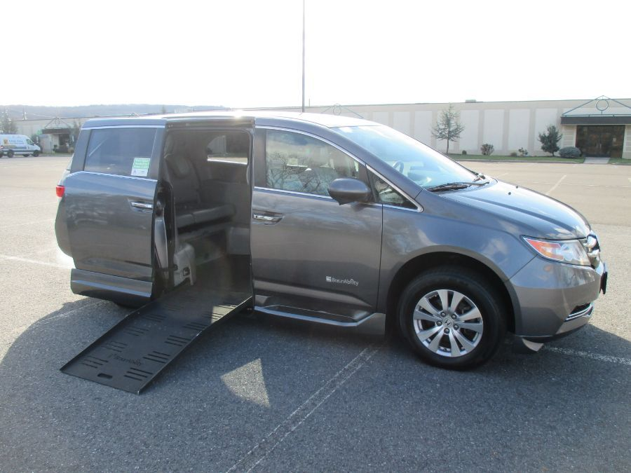 Gray Honda Odyssey with Side Entry Automatic Fold Out ramp