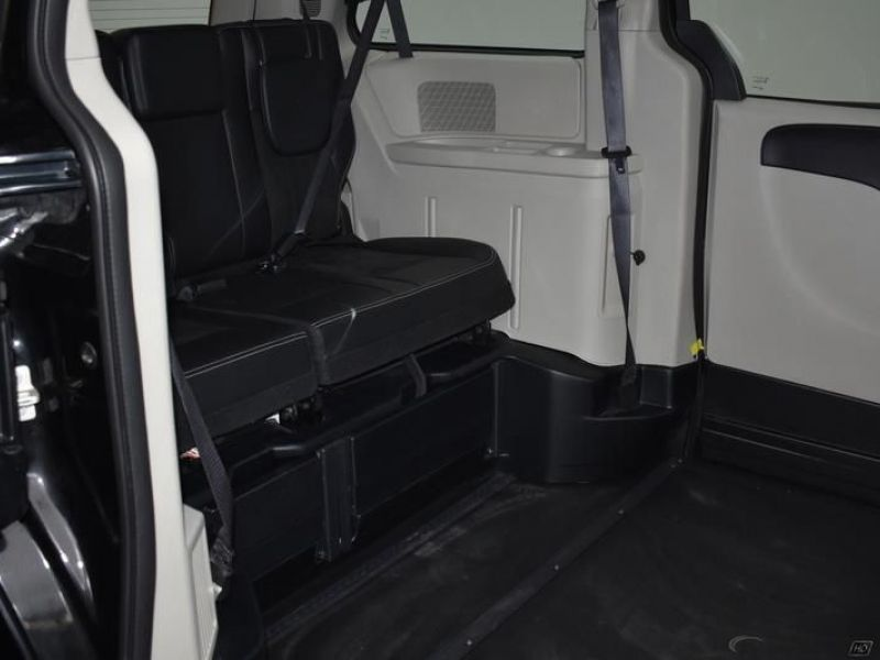 Black Dodge Grand Caravan image number 8