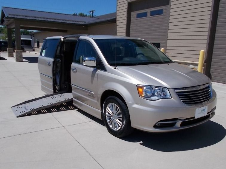 Brown Chrysler Town and Country image number 0