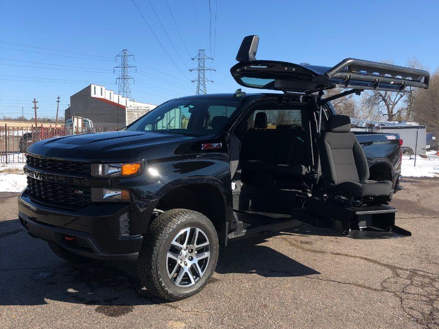 Black Chevrolet Silverado 1500 image number 18