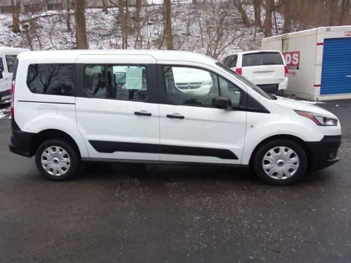 White Ford Transit Connect image number 2