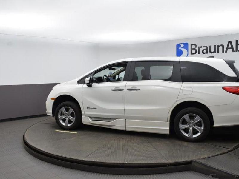 Honda Odyssey image number 4