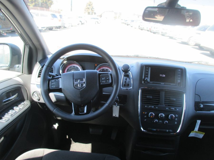 Gray Dodge Grand Caravan image number 8