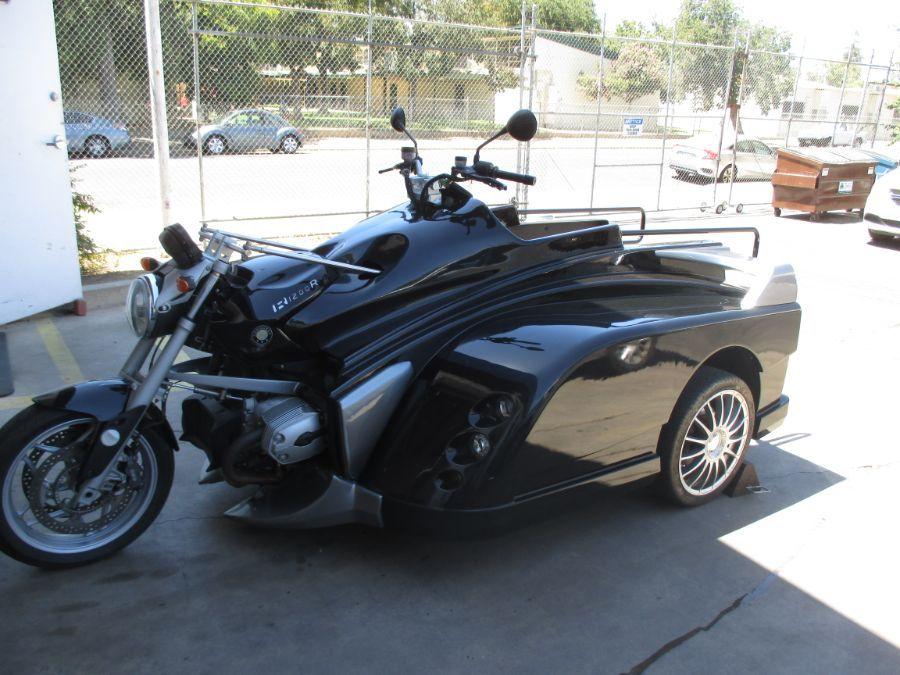 BLACK BMW Martin Conquest image number 5