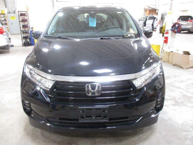 Black Honda Odyssey image number 1
