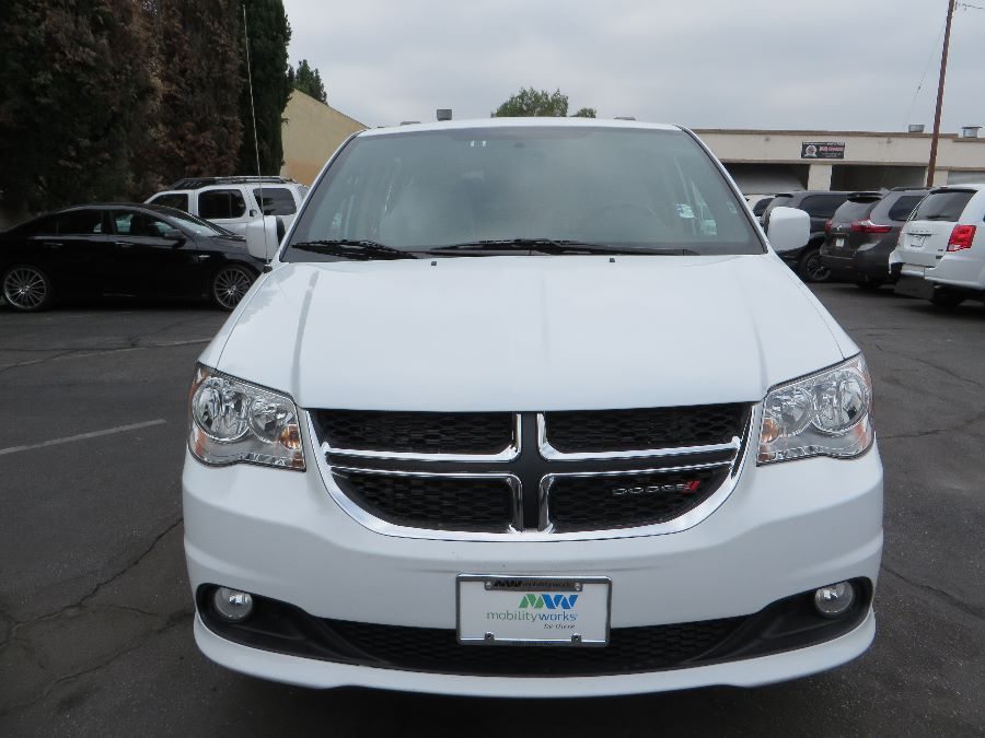 White Dodge Grand Caravan image number 1