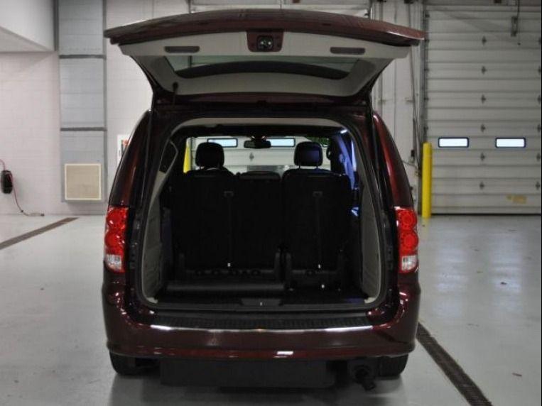 Red Dodge Grand Caravan image number 11