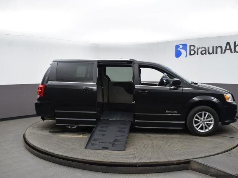 Black Dodge Grand Caravan image number 29