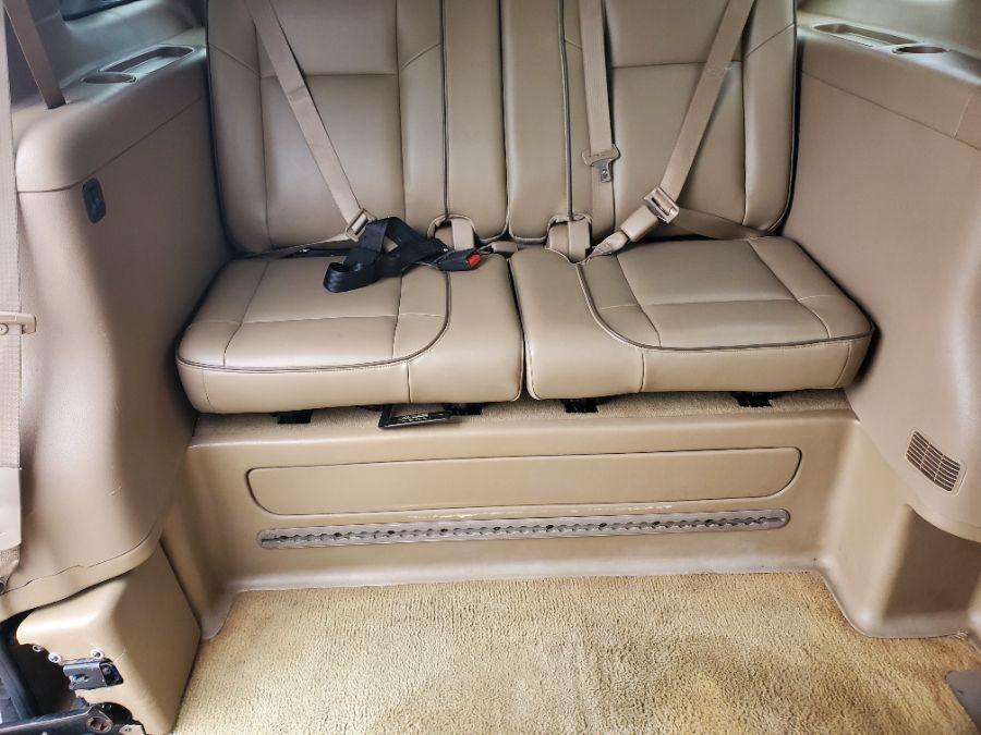 Brown Buick Terraza image number 15