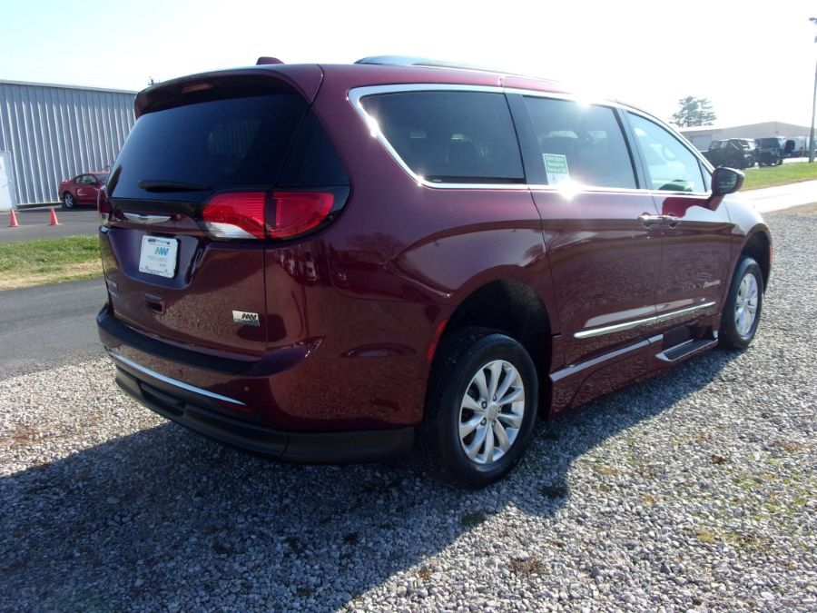 Red Chrysler Pacifica image number 6