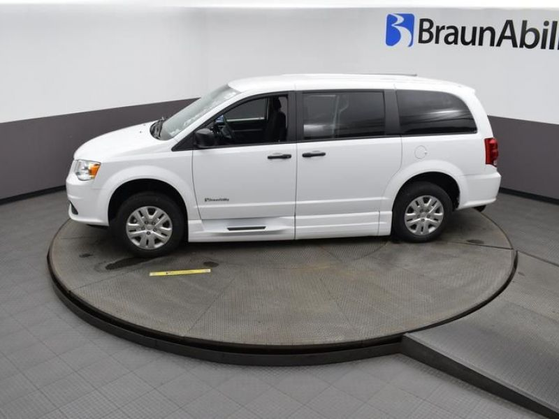 White Dodge Grand Caravan image number 11