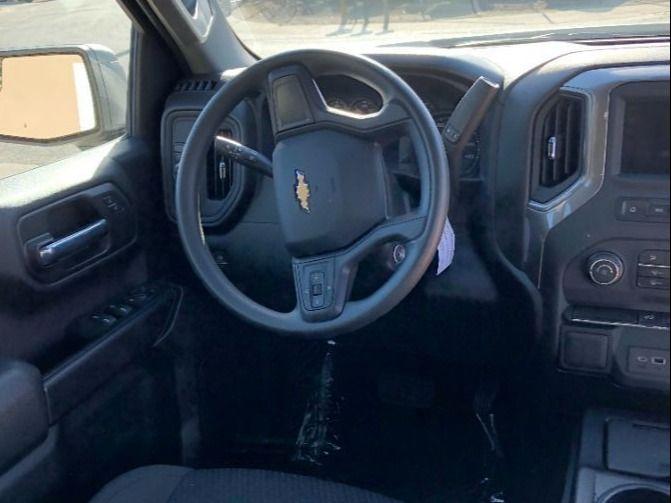 Silver Chevrolet Silverado 1500 4x2 image number 8
