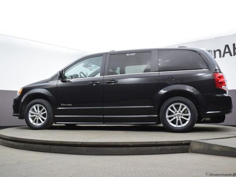 Black Dodge Grand Caravan image number 15