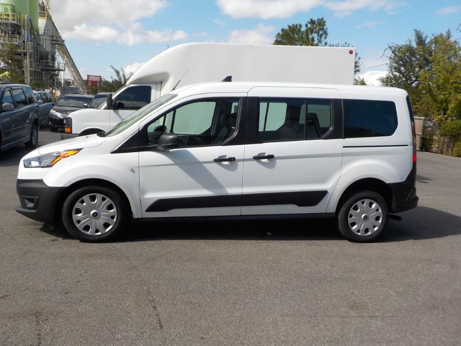 White Ford Transit Connect image number 4
