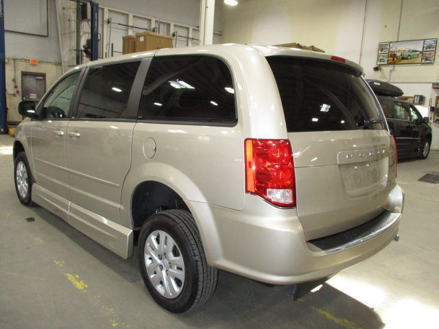 Gold Dodge Grand Caravan image number 6