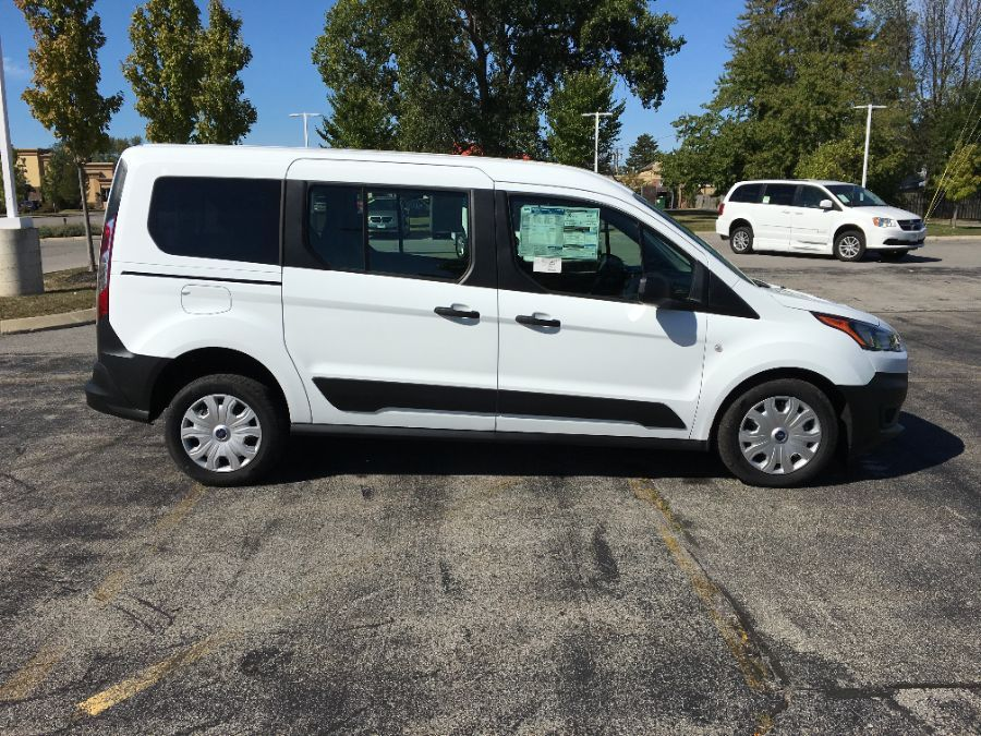 White Ford Transit Connect Wagon image number 9