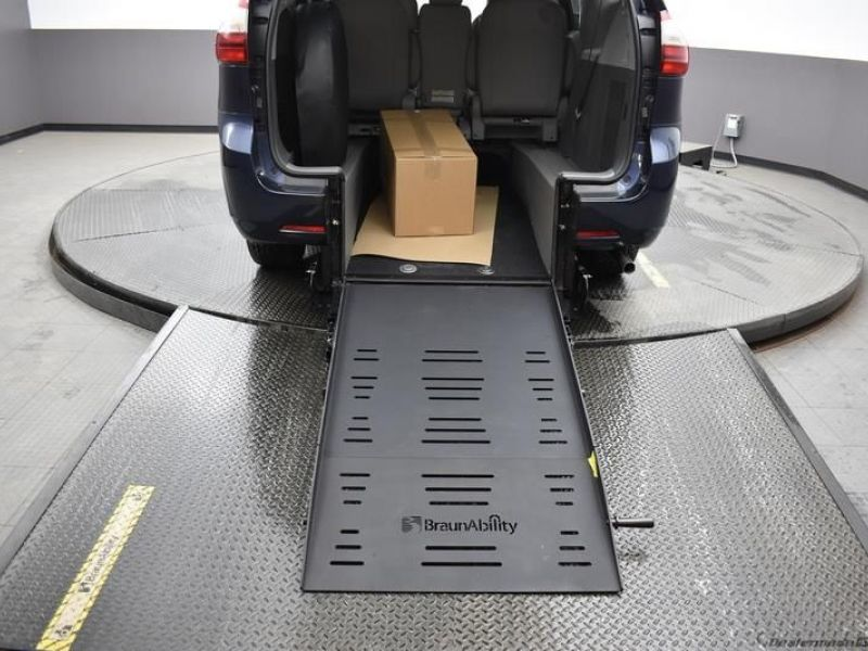Blue Toyota Sienna with Rear Entry Manual Fold Out ramp