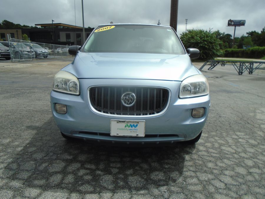 Blue Buick Terraza image number 6