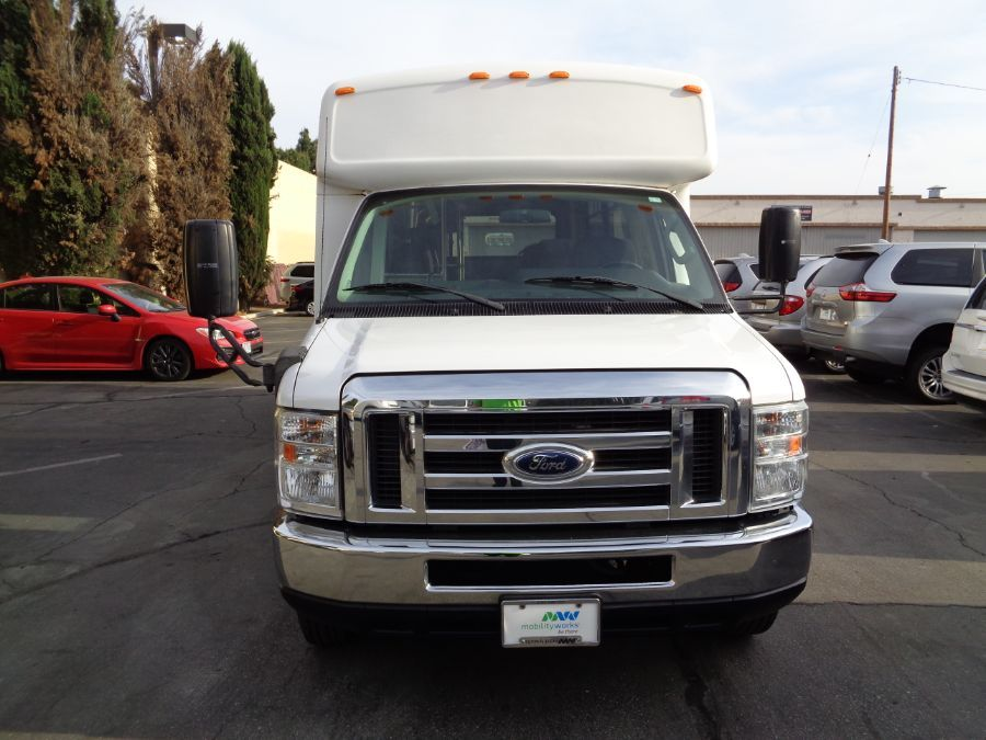 White Ford Econoline image number 5