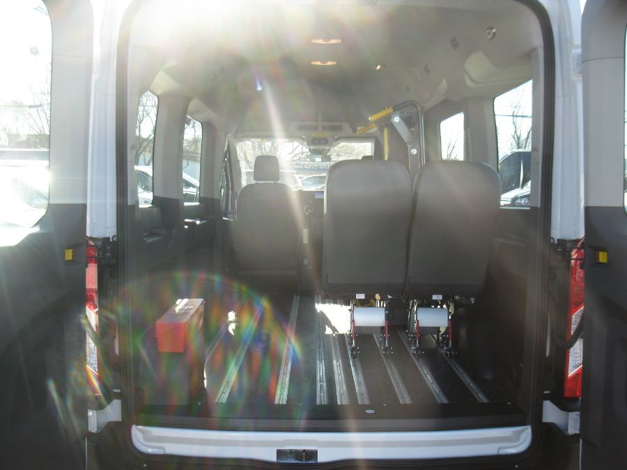 White Ford T150 image number 11