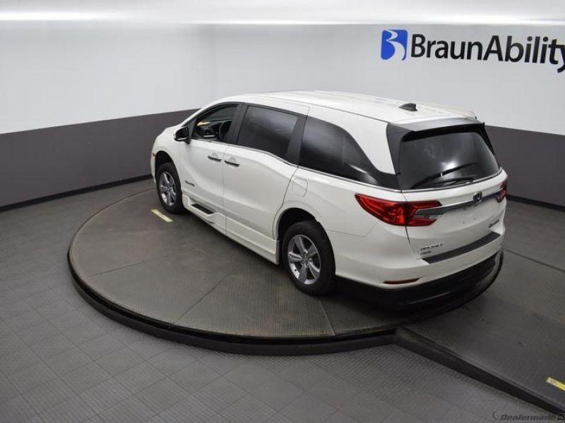 Honda Odyssey image number 21