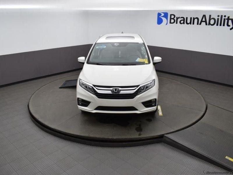 Honda Odyssey image number 19