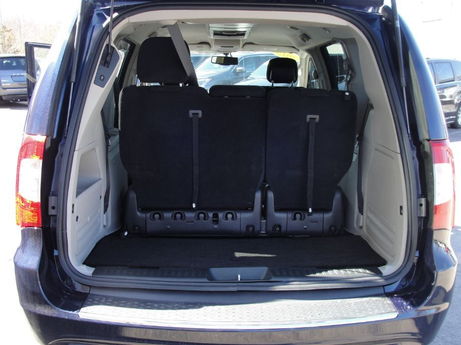 Blue Chrysler Town and Country image number 18