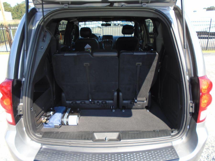 SILVER Dodge Grand Caravan image number 12
