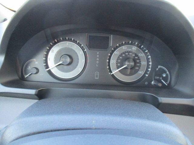 Brown Honda Odyssey image number 10