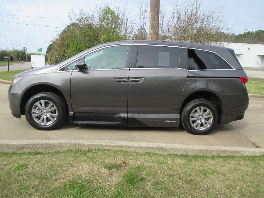 Brown Honda Odyssey image number 3