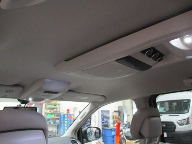 Silver Chrysler Town and Country image number 22