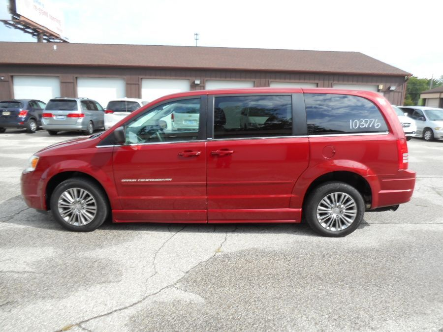 Red Chrysler Town and Country image number 18