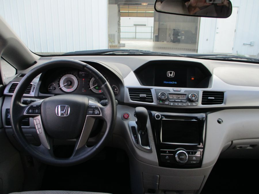 Honda Odyssey image number 6