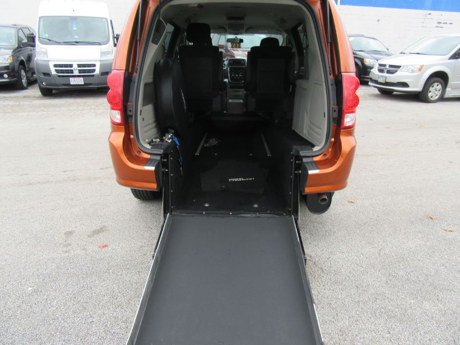 MANGO Dodge Grand Caravan with Rear Entry Manual Fold Out ramp