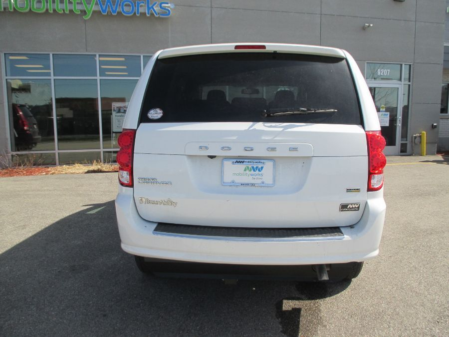 White Dodge Grand Caravan image number 6