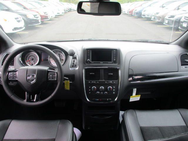 White Dodge Grand Caravan image number 10