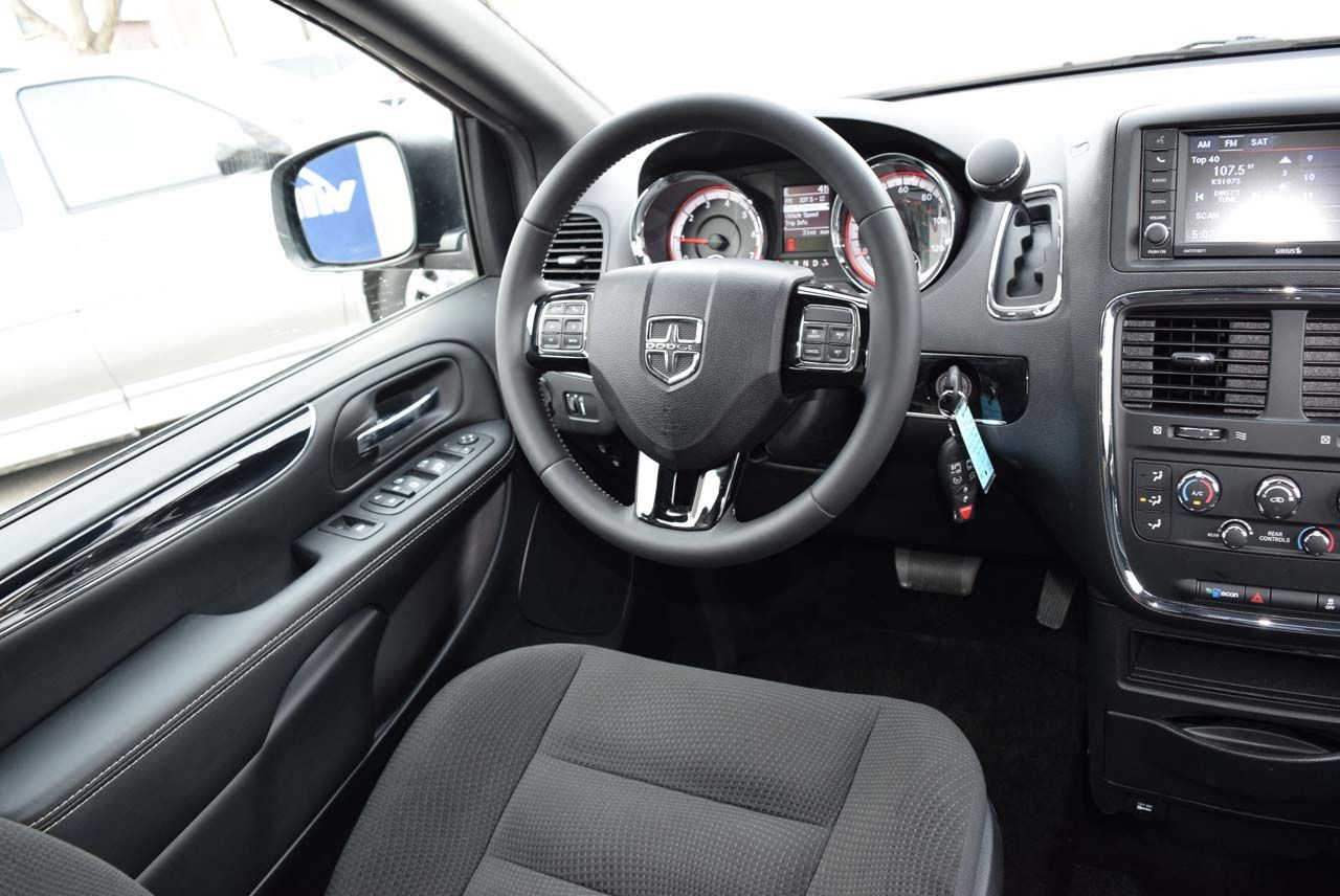 New 2019 Dodge Grand Caravan SE-Plus