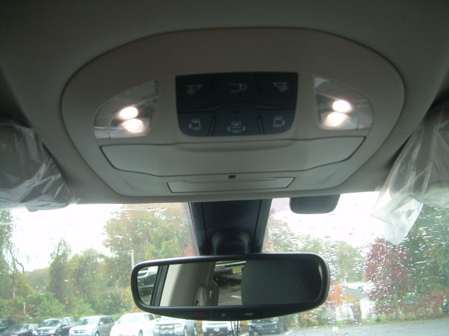 Gray Chrysler Pacifica image number 18