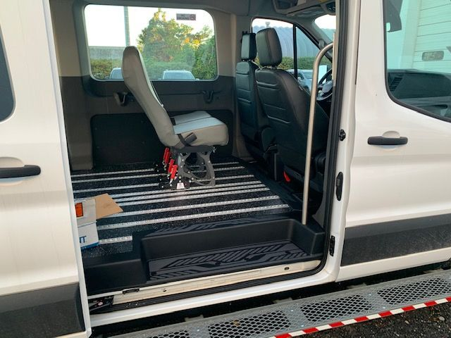 White Ford T150 image number 12