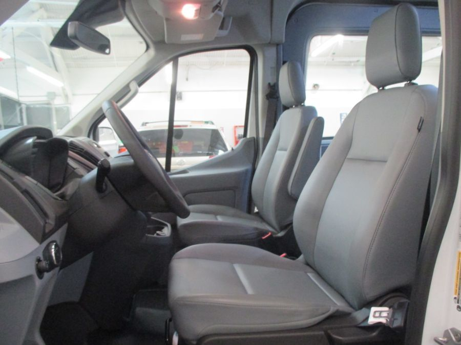 White Ford T150 image number 9