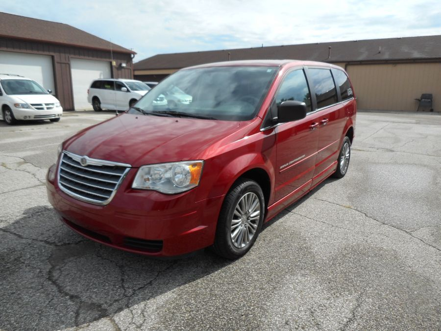 Red Chrysler Town and Country image number 19