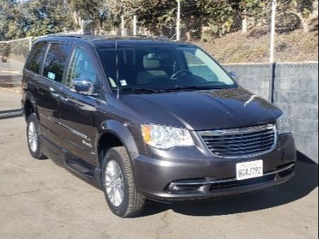 Gray Chrysler Town and Country image number 1