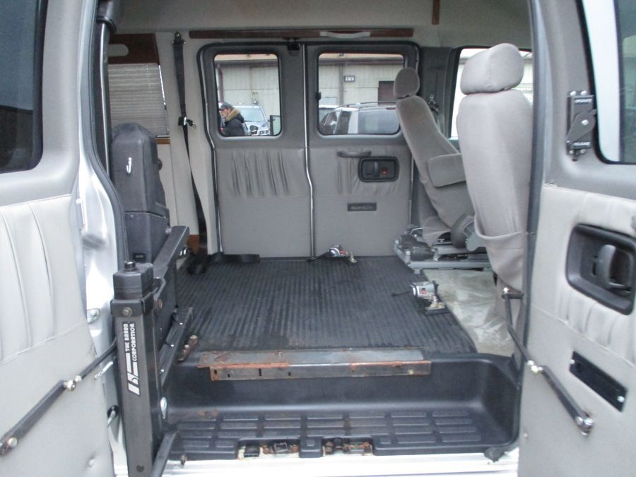 Silver Chevrolet Express Cargo image number 5