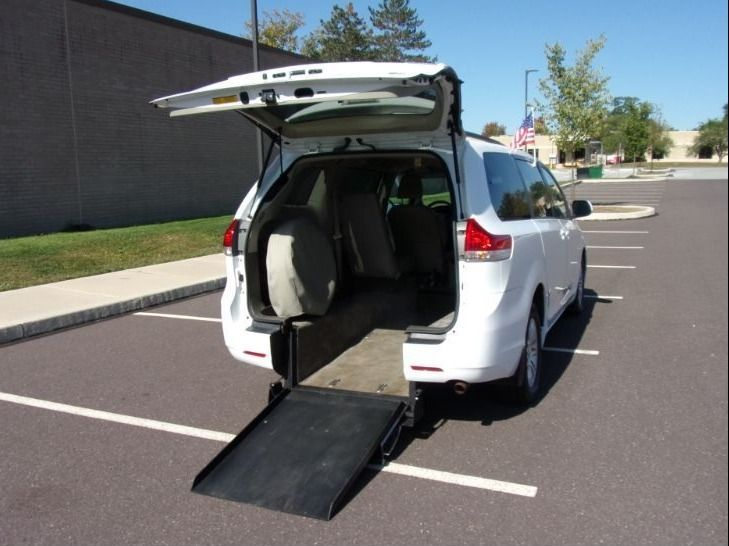 White Toyota Sienna with Rear Entry Automatic Fold Out ramp