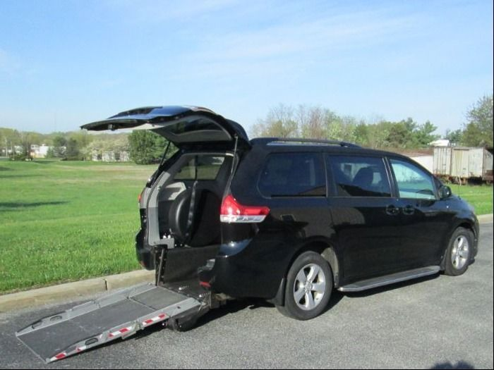 Black Toyota Sienna with Rear Entry Manual  ramp