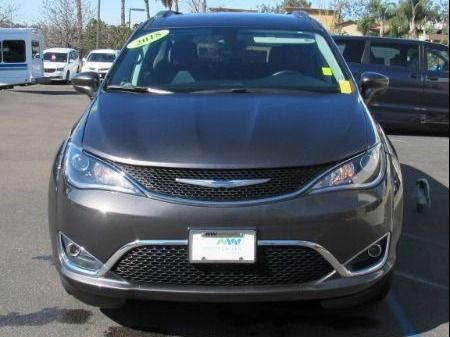 Gray Chrysler Pacifica image number 2