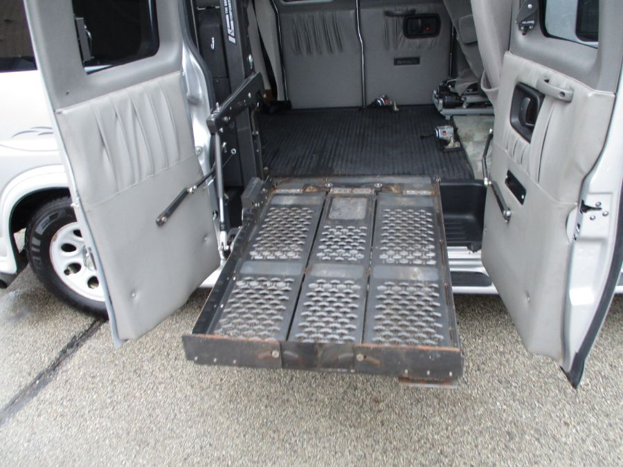 Silver Chevrolet Express Cargo image number 16