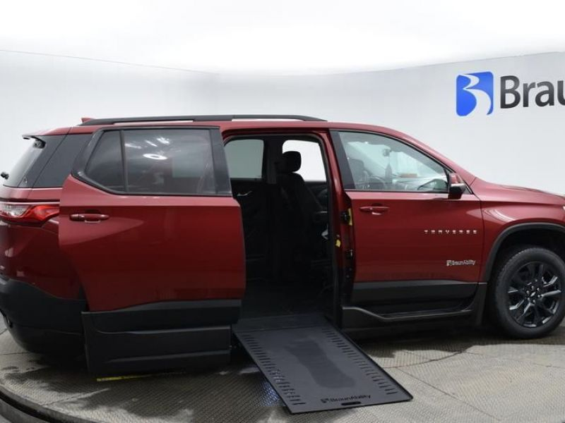 Red Chevrolet Traverse image number 23